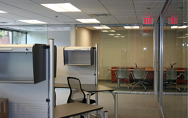 Artopex Time Cluster Workstation and NxtWall Glass Office Wall Installation