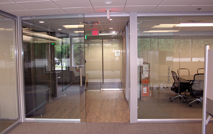 Project Clustered Workstations Glass Wall Private Offices