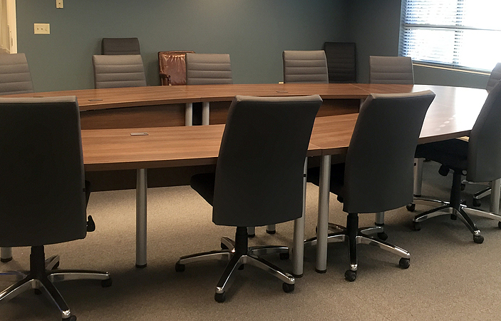 U Shaped Conference Table With Leather Conference Chairs